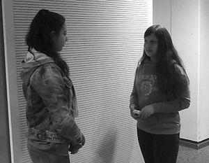 Jessica Bauer und Diana Schulz in einer Szene des Films