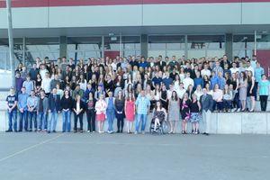 Alle Absolventinnen und Absolventen der Sek I 2016