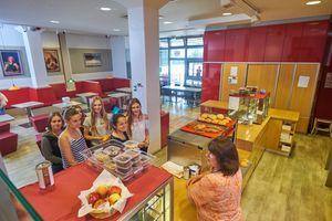 Die Cafeteria der KGS Neustadt